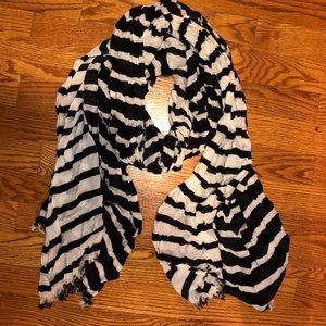 Kate Spade light scarf